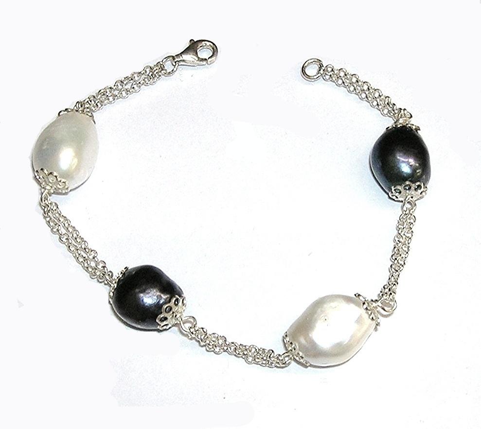 b0a9c72d5eda Pulsera de Plata de Ley con 4 Perlas Cultivadas barrocas blancas y grises